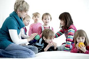 Kindertagesst tte kunterbunt kierspe u3 betreuung for Raumgestaltung u3 betreuung